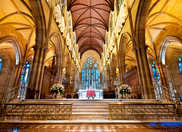 NSW_St-Marys-Cathederal-interior.jpg
