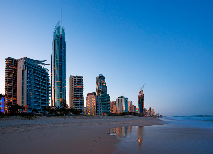 QLD_Gold-Coast-beach-at-dusk.jpg